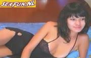 Goddelijk geile zwarthardige meiden zit naakt voor de webcam