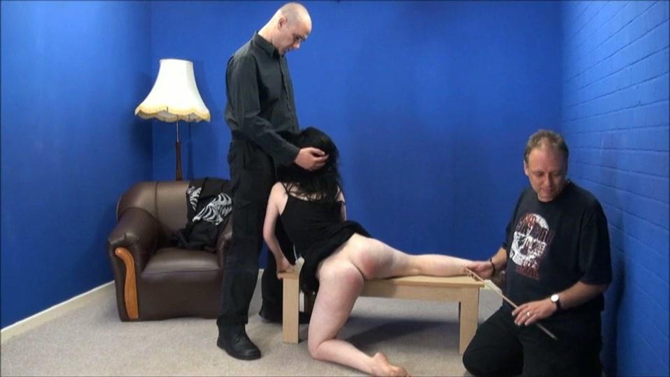 Verboden te bijten: blowjob met spanking.