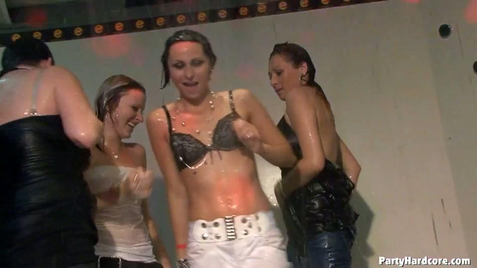 Een geile sex party in de sex club