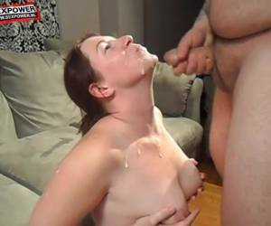 Sexy amateur blowjob en facial
