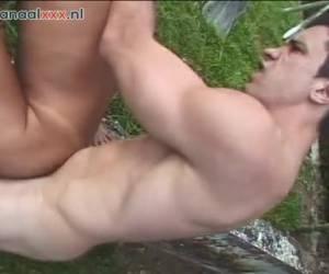 Buiten sex met een Tranny