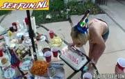 Verjaardagsfeest wordt wilde orgy